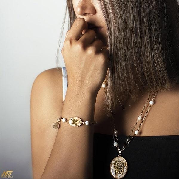 کادو روز دختر کادو تولد دخترانه کادو تولد دوست دختر لاکچری دستبند طلا ارزان
